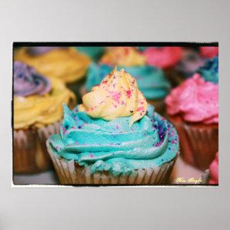 カラフルなカップケーキ ポスター