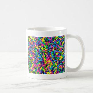 カラフルなキャンデーはプリントを振りかけます コーヒーマグカップ