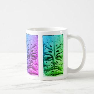 カラフルなバンベルクのカテドラルのグリーンマン- コーヒーマグカップ