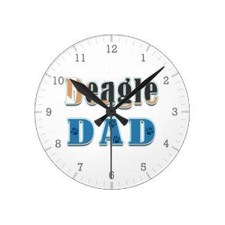カラフルなビーグル犬のパパの愛犬家 ラウンド壁時計