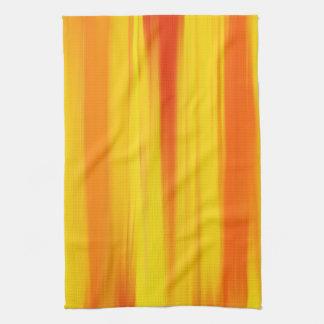 カラフルなペンキの虹の抽象美術 台所タオル