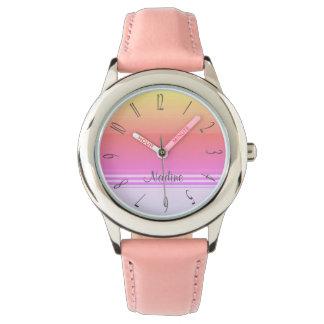 カラフルなモノグラム 腕時計