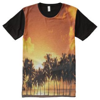 カラフルなヤシの木の日没のTシャツ オールオーバープリントT シャツ