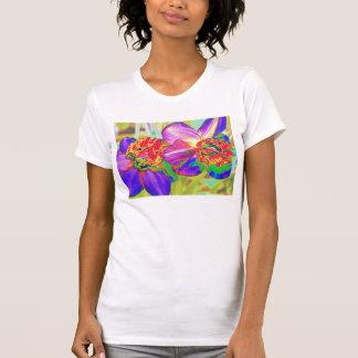 カラフルなラッパスイセンのティー Tシャツ