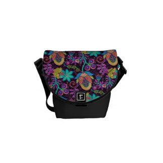 カラフルなレトロの花のデザインガラスビーズの一見 メッセンジャーバッグ