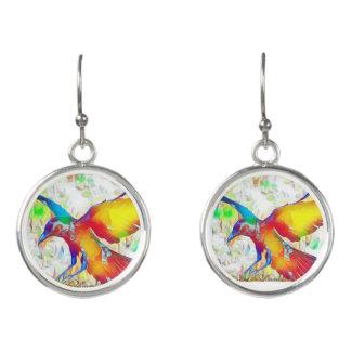 カラフルなワタリガラスの鳥はイヤリングをぶら下げます イヤリング