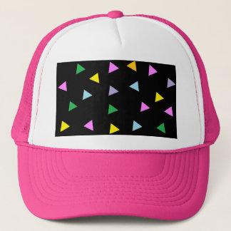 カラフルな三角形 キャップ