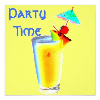カラフルな傘の飲み物のカクテルパーティー 13.3 スクエアインビテーションカード