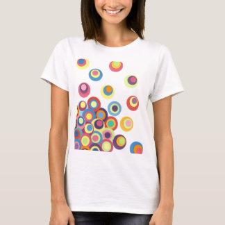 カラフルな円 Tシャツ