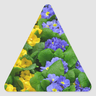 カラフルな冬のサクラソウパターン 三角形シール