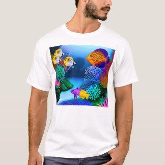 カラフルな塩水礁のアクアリウムの魚のTシャツ Tシャツ