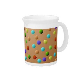 カラフルな多彩の水玉模様パターン ピッチャー