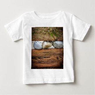 カラフルな小石 ベビーTシャツ