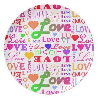 カラフルな愛、愛、愛、愛、愛、愛、愛 プレート