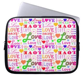 カラフルな愛、愛、愛、愛、愛、愛、愛 ラップトップスリーブ