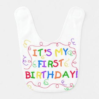 カラフルな文字の第1誕生日のよだれかけ ベビービブ