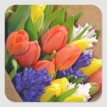カラフルな春のチューリップの花束 正方形シール・ステッカー