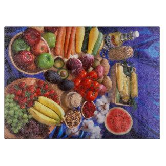 カラフルな果物と野菜 カッティングボード