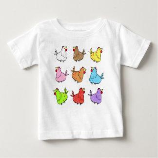 カラフルな漫画の鶏-ベビーのTシャツ ベビーTシャツ