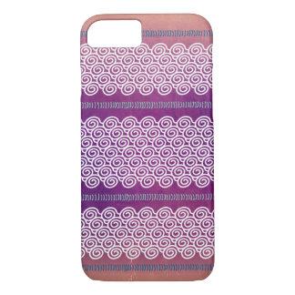 カラフルな織り目加工のすみれ色の波パターン箱 iPhone 7ケース