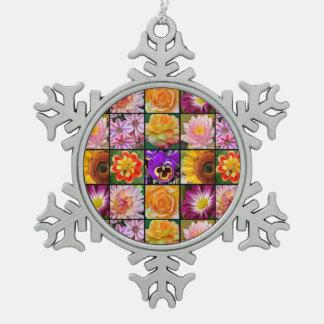 カラフルな花のコラージュのクリスマスのオーナメント スノーフレークピューターオーナメント
