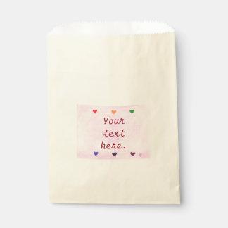カラフルな虹のハートピンクのブレンドのあなたの文字 フェイバーバッグ