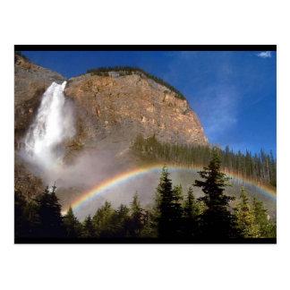カラフルな虹の自然山公園の運命 ポストカード