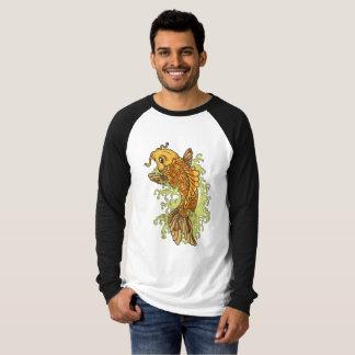 カラフルな金魚のコイ Tシャツ