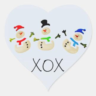 カラフルな雪だるまのクリスマスパレード ハートシール