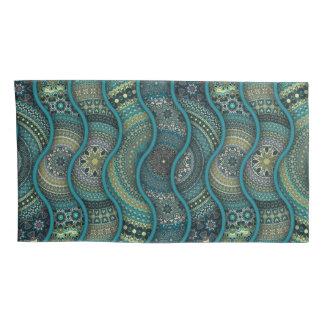 カラフルは民族の花の曼荼羅パターンを抽出します 枕カバー