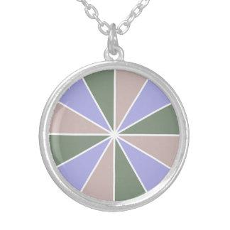 カラーホイール/光線のカスタムのネックレス シルバープレートネックレス