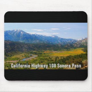 カリフォルニアハイウェー108のソノラのパス マウスパッド