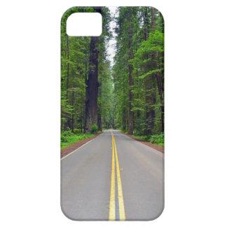 カリフォルニアレッドウッドの森林ハイウェーのイメージ iPhone SE/5/5s ケース