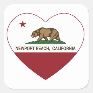 カリフォルニア旗のニューポートビーチのハート スクエアシール