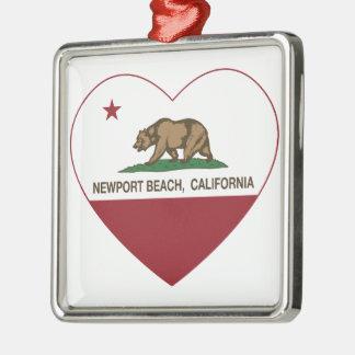 カリフォルニア旗のニューポートビーチのハート メタルオーナメント