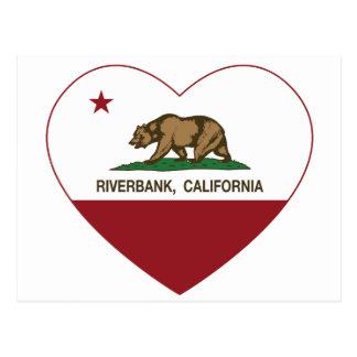 カリフォルニア旗の川岸のハート ポストカード