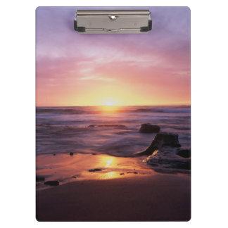 カリフォルニア、サンディエゴの日没の崖、日没4 クリップボード