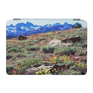 カリフォルニア、シエラネバダ山脈山1 iPad MINIカバー