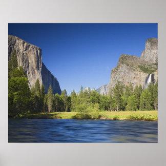 カリフォルニア、ヨセミテNP、El Capitanの谷の眺め、 ポスター