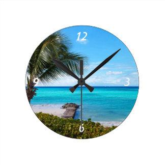 カリブのビーチ ラウンド壁時計