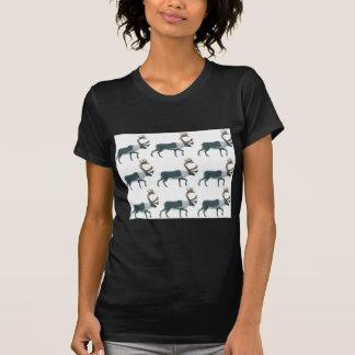 カリブーの列 Tシャツ