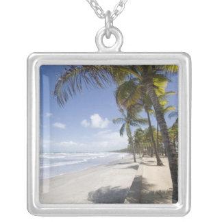 カリブ-トリニダード- Manzanillaのビーチ シルバープレートネックレス