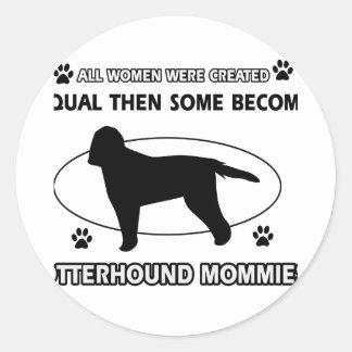 カワウソ猟犬のお母さんのデザイン ラウンドシール