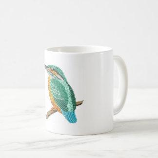 カワセミの刺繍の模造 コーヒーマグカップ
