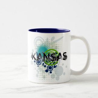 カンザスのモダンでグランジなハーフトーンのマグ ツートーンマグカップ