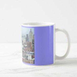 カンザスシティのスカイラインのマグ コーヒーマグカップ