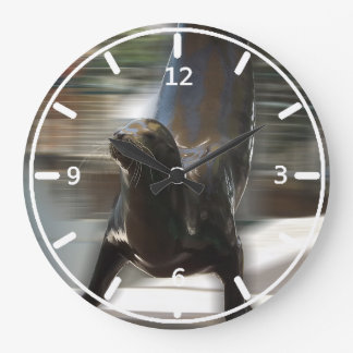 カンザスシティの動物園でトリックをしているアシカ ラージ壁時計