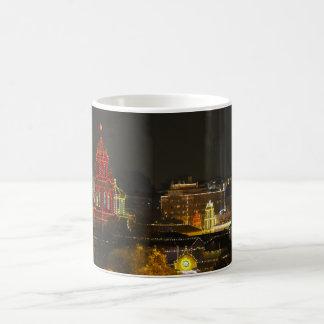 カンザスシティの広場ライト コーヒーマグカップ