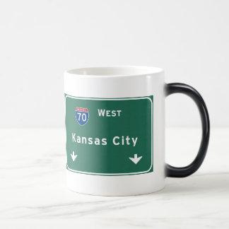 カンザスシティKCミズーリの州間幹線道路の高速道路 マジックマグカップ
