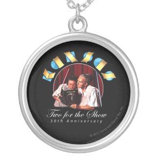 カンザス-ショー(記念日)のための2 シルバープレートネックレス